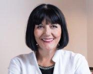 Dr Vera Uzelac